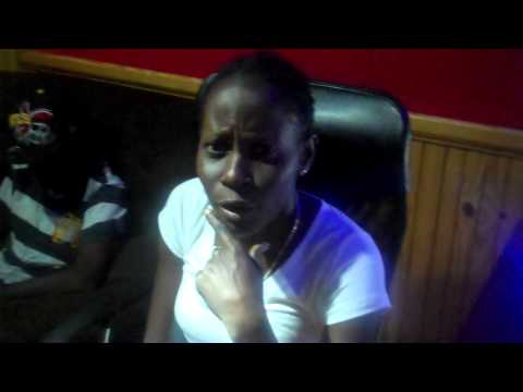 I QUEEN - (1st lady of Seanizzle Records) VIBING IN THE STUDIO