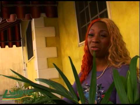Macka Diamond gives advice to female reggae artist