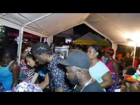 BOUNTY KILLA giveing bags & books  BACK TO SCHOOL treat SEAVIEW GARDEN AUG 25 2015 VIDEO FACE