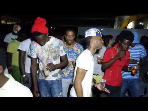 DEXTA DAPS BLACKK MAN LIVE AT MINI SKIRT VS BATTY RIDER STONE LOVE GENIUS & MR FRE-SSH JULY 10 2015