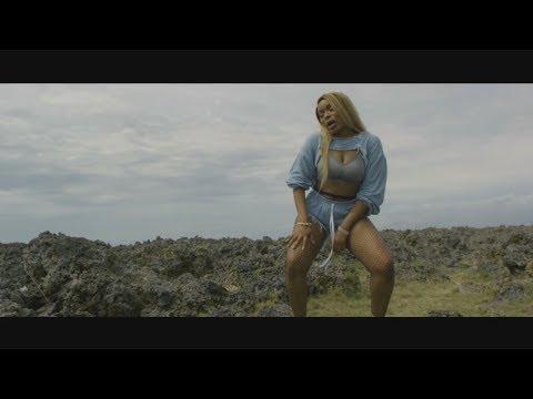 "Vybz Kartel Collabs Kim Kelly ""Alive"" Vs Shenseea ""Loodi"" Music Video Review"