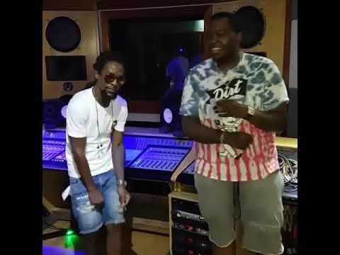 Sean Kingston and Jah Cure In Big Yard Studio vybing to the new track
