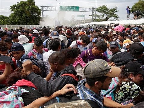 UN AGENDA: Hundreds of African Migrants Protest for Entry at Texas Border Bridge