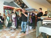 Dinar 7 è Aniversari - Festa