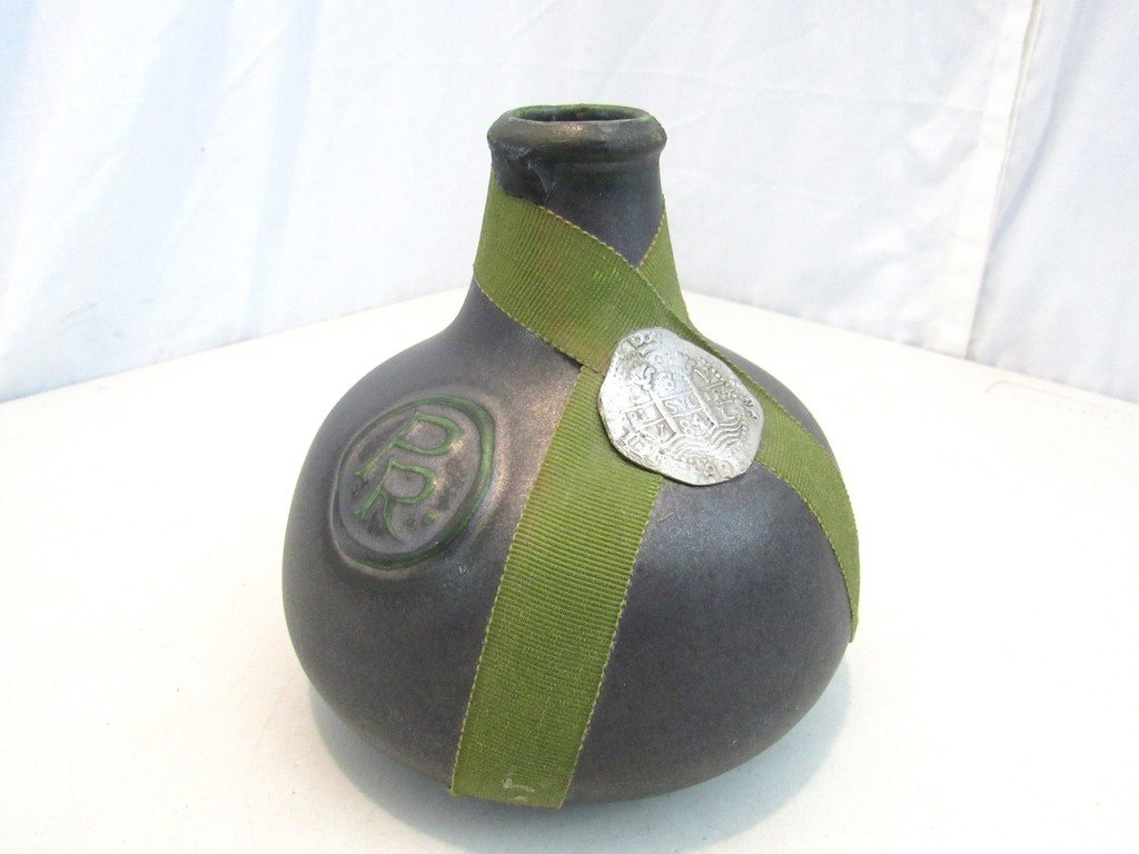 Help Identifying This Liquor Bottle Please - I Antique Online