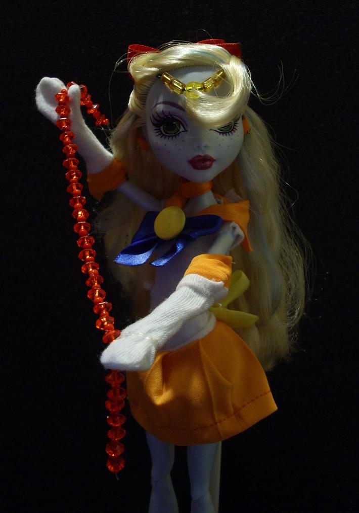 Sailor Venus 02