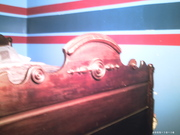 antique dresser 008