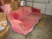 pink couch 038