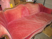 pink couch 048