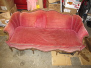pink couch 070