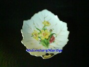 Nasco Leaf Plate Small Vintage Floral Design Hand Painted Gold Trim Made in Japan Exc Cond