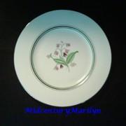 Coralbel Old Ivory Vintage Syracuse China Large 10 1/4 Inch Dinner Plate Platinum Trim Floral Center