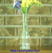 Illinois Glass Bud Vase Contemporary Design Made in USA Octagonal Shape Round Mouth