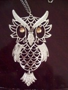 Silver chain dangling owl necklace