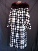 Vintage 60s Mad Men Plaid Coat w/ Fur collar