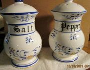 ROYAL SEALY- S & P SHAKERS, HERITAGE PATTERN