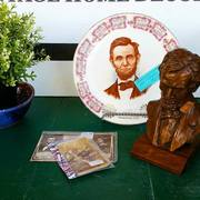 ABRAHAM LINCOLN COLLECTIBLES
