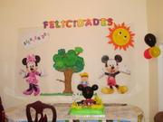 decoracion de la mesa del pastel