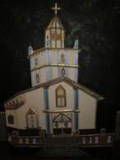 Iglesia con telas y cintas...