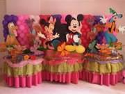 mesas-fantasia-en-mdf-centros-de-mesa-cotillones-globos