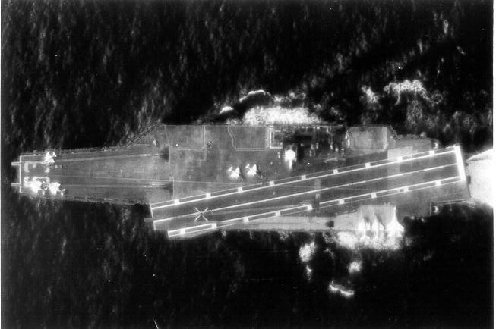 000_An aerial view of the Kity Hawk from an RA5C,...10-65-,.-001