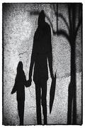 uniti anche nell'ombra