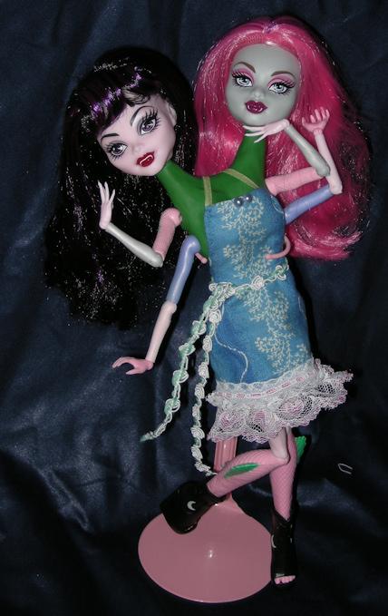My Custom CAM: Mindy and Mary