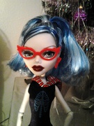 scaris ghoulia yelps closeup