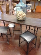 Great metal table with 4 short stools