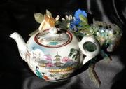 2438 Vintage Japan Geisha Girls Teapot~SHIPPING INCLUDED