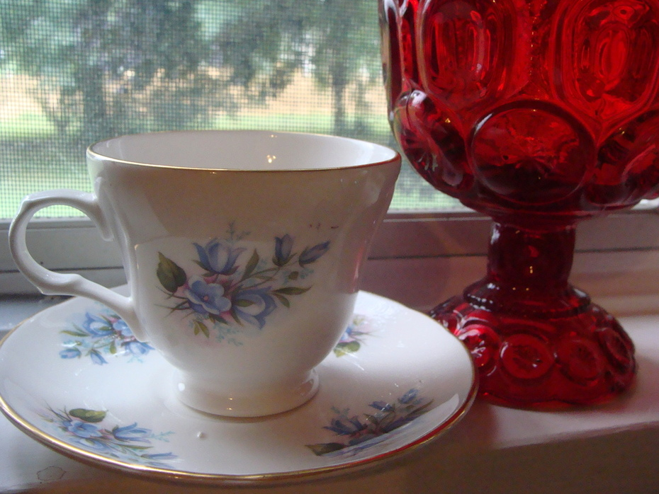 Crown Trent tea cup & Red Glass Moon & Stars Candy Dish