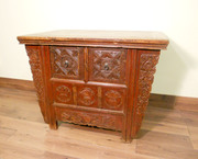 """Antique Chinese """"Butterfly"""" Coffer (5605), Circa 1800-1849"""