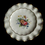 """VINTAGE 1957 ROYAL CROWN DERBY LOMBARDY 10"""" CABINET PLATE w Dresden Floral Spray"""