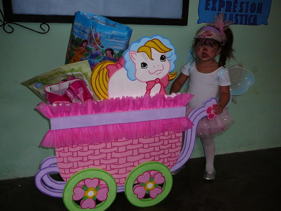 caja de regalos (cochecito pony)