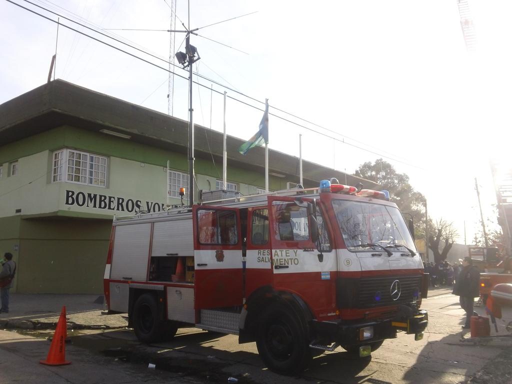 09 de Junio de 2012 / Exhibición de la Regional º 2 de la Federación Bonaerense de Bomberos / Bomberos Voluntarios de San F. Solano, Buenos Aires en Argentina
