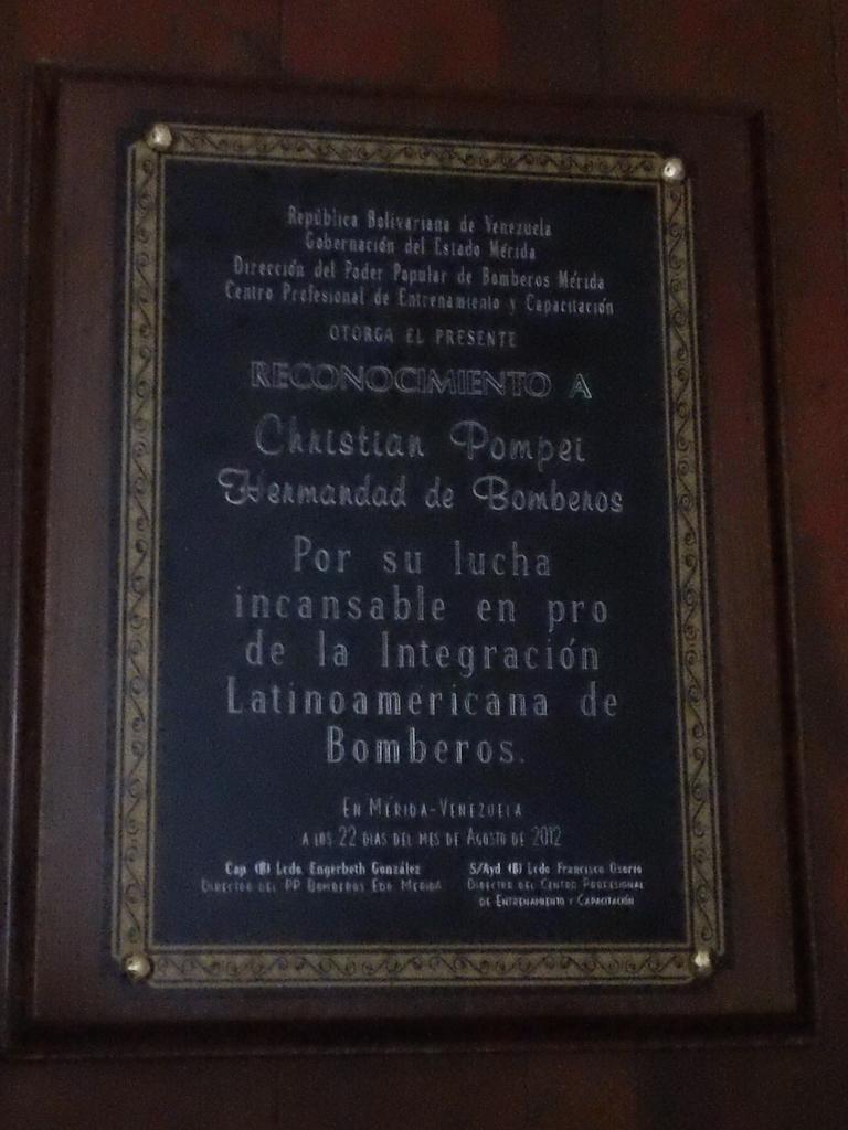 """RECONOCIMIENTO A CHRISTIAN POMPEI Y """"LA HERMANDAD DE BOMBEROS"""""""