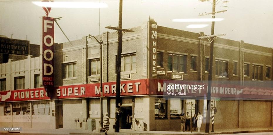 Old Pioneer Market in Echo Park