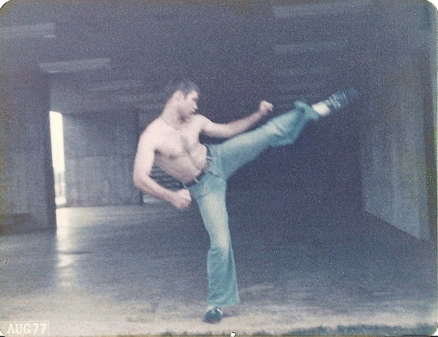 1977 Bruce LeeRoss