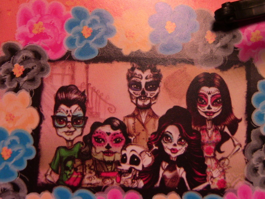 Skelita's family!