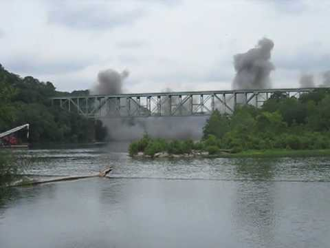 Demolition of Pennsylvania Turnpike Bridge Over the Allegheny River - Harmarville PA 07-13-2010 Part II