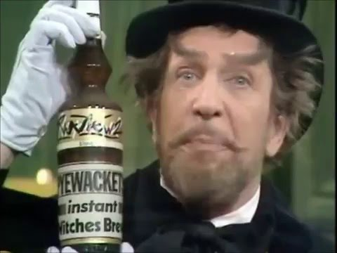 Vincent Price and The Two Ronnies - 1970 Sketch