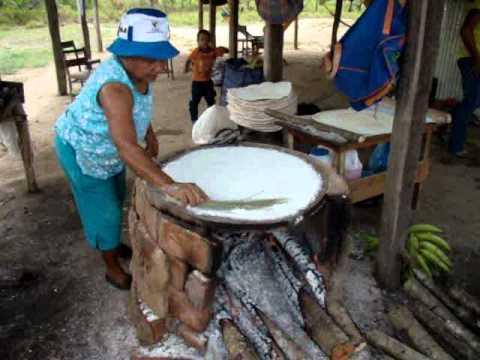 Casabe el pan de los Indios ---Casabe Indian bread Venezuela
