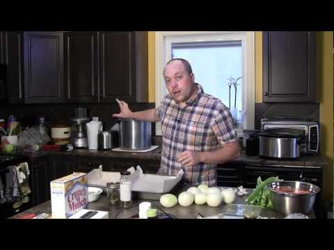 How to Make Homemade Chicken Stock: Recipe for Chicken Stock Accented with Fresh Rosemary and Thyme.