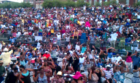Crowd at 2011 Soul Food Festival