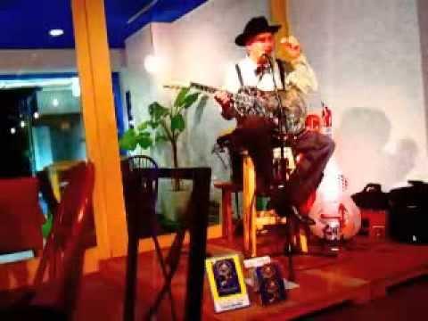 """Putting On The Ritz"" Rambling Steve Gardner Solo LIVE"