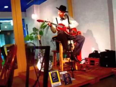 """Kind Hearted Woman"" & ""Shake It  and Break It"" Rambling Steve Gardner Live"