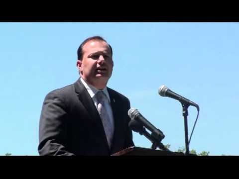 Sen Mike Lee at Hold the Line Rally