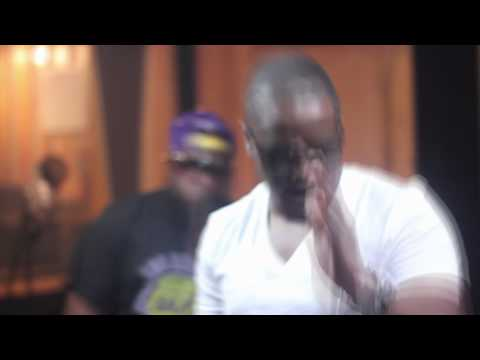 Freeway & Young Chris - Otis Freestyle