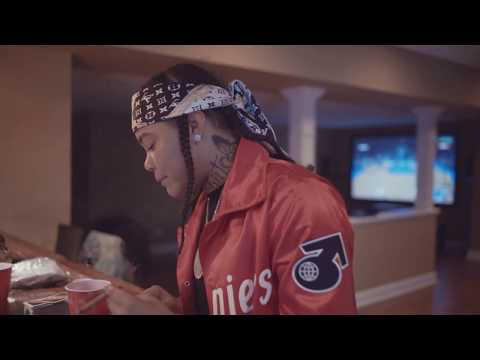 """Young M.A - """"Walk"""" (Official Video)"""