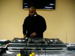 DJ LUMINATI MIXIN' IT